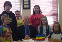 Mayor Rea and Students